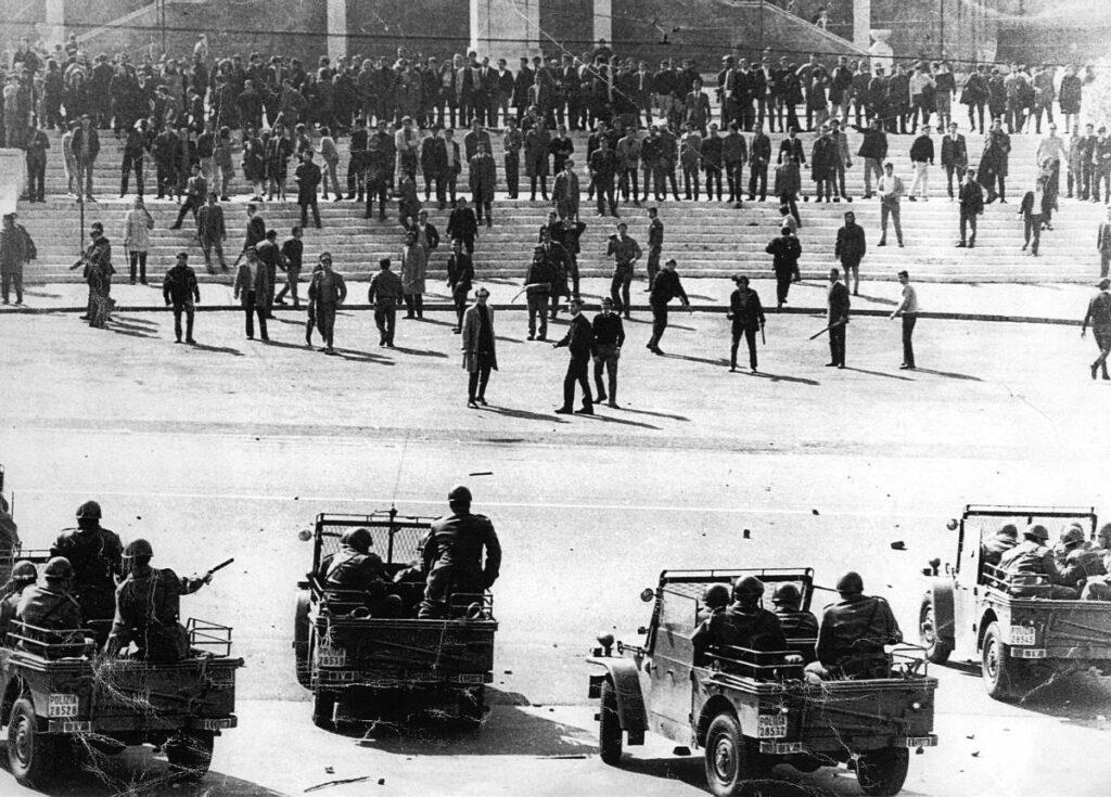 Bataille de Valle Giulia 1968, les étudiants contre la police
