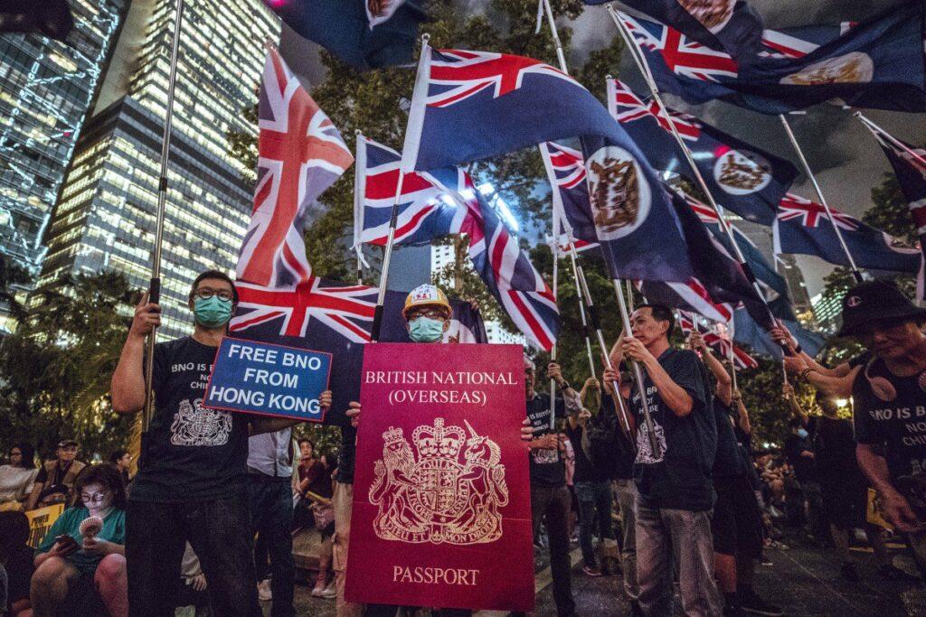 Hong Kong : entre narrations dominantes et contradictions réelles