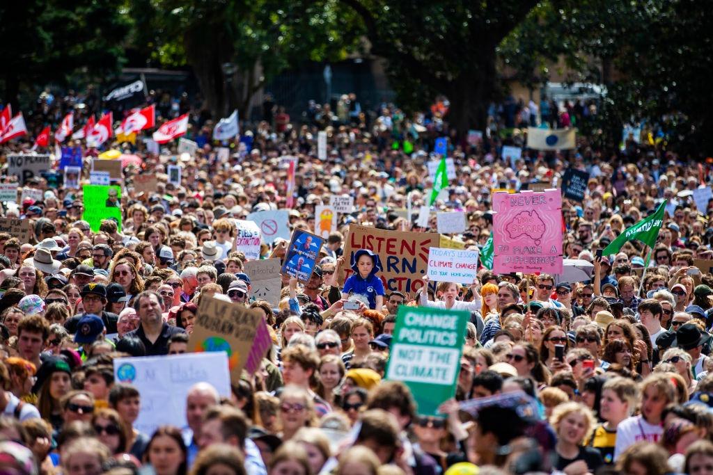 Luttes écologistes et sociales : nous résisterons ensemble