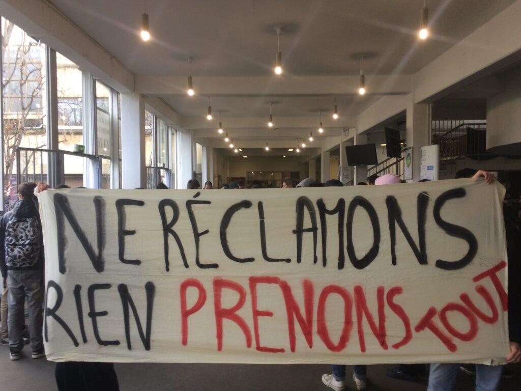 Action CROUS gratuit à Jussieu