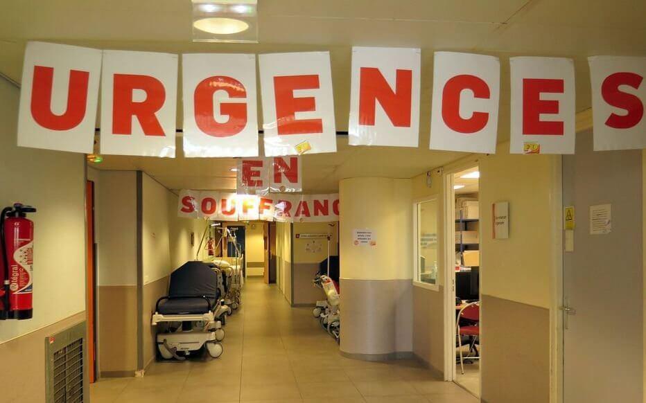 « Tu te crois à l'usine sauf que c'est des humains en face » : l'hôpital en crise vu par une infirmière