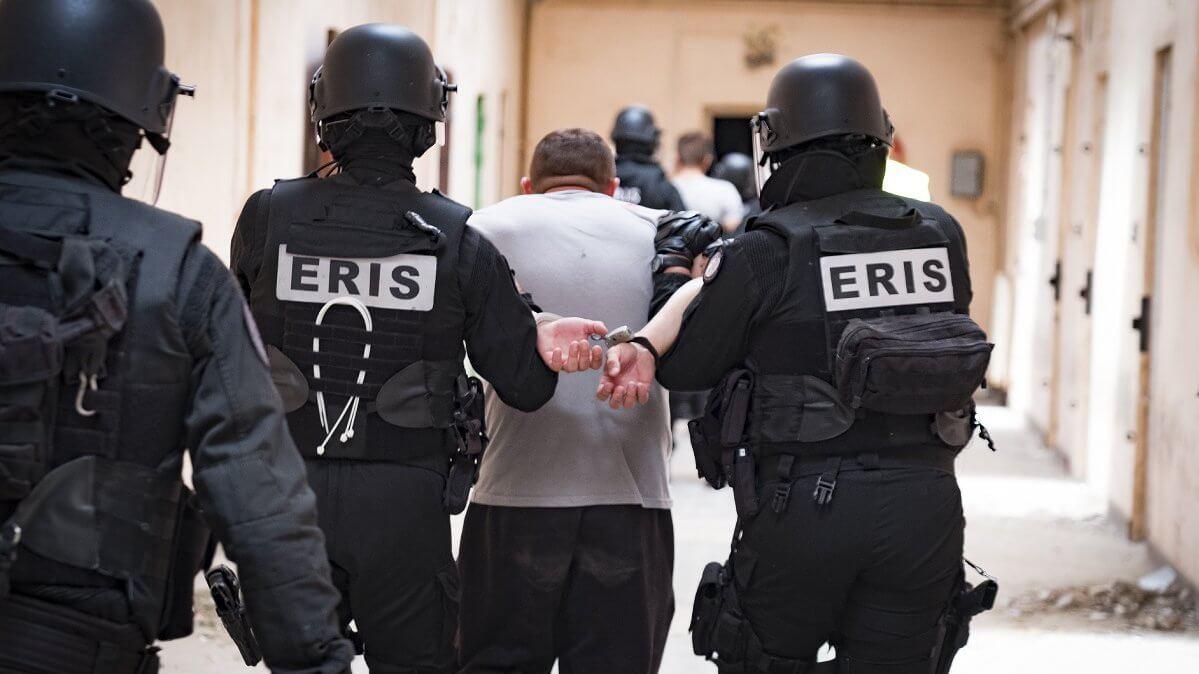 « On ne sait pas encore si c'est les ERIS ou le virus qui va nous mettre à terre »