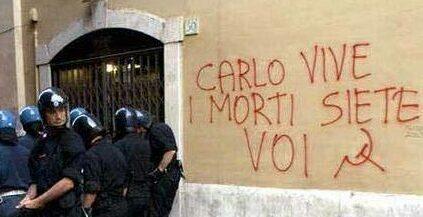Gênes, 20 juillet 2001 - Carlo est resté devant jusqu'au bout