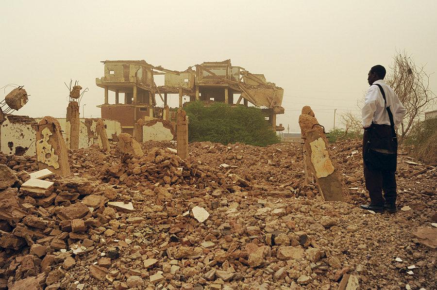 20 août 1998 : Clinton bombarde une usine pharmaceutique au Soudan