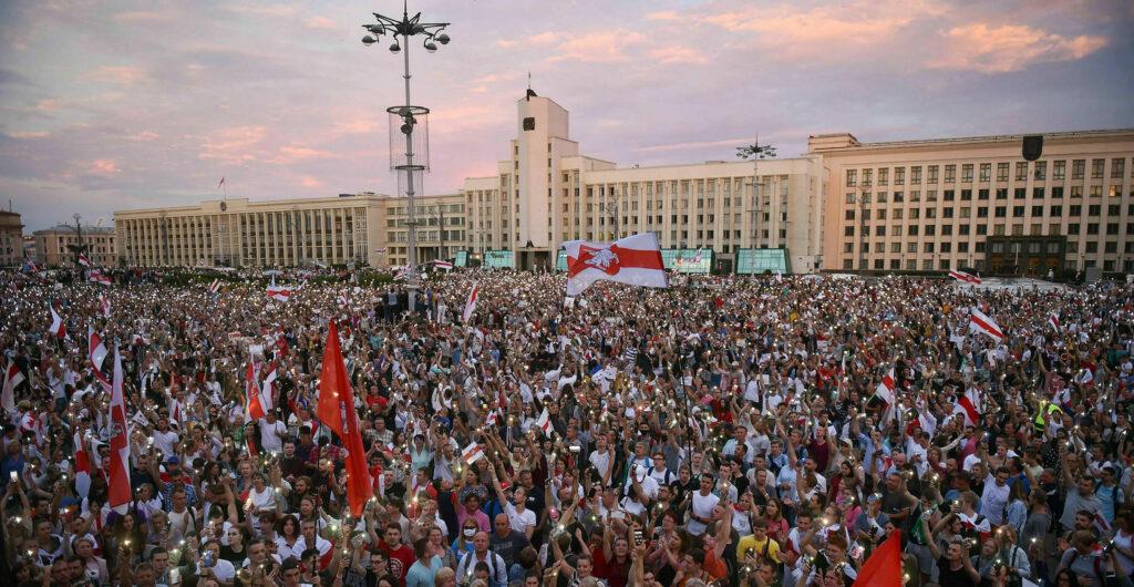 Biélorussie : une révolution colorée ?