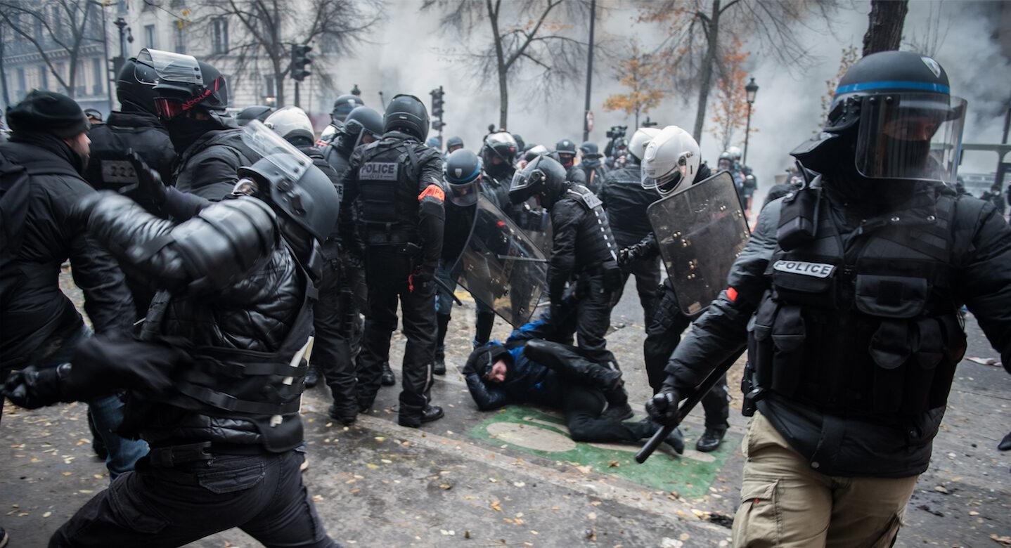 Loi sécurité globale : vers un État policier ?