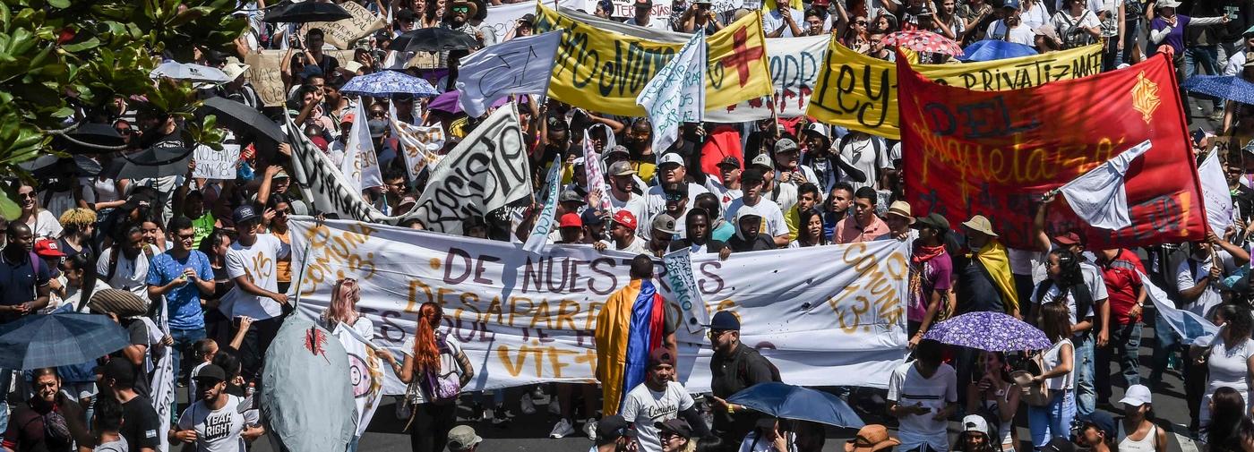Révoltes massives et persistance de la Violencia en Colombie